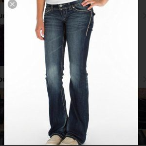 Daytrip Leo Bootcut The Buckle Jeans 27 Long
